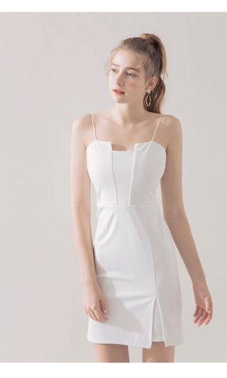 Airspace 細肩帶平口小露乳溝白色洋裝