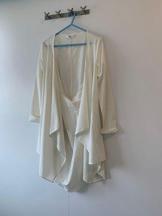New • DF • 白色型格外套🧥