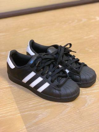 adidas superstar 愛迪達 全黑經典鞋 九成新
