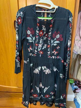 ZARA WOMAN民族風短洋裝