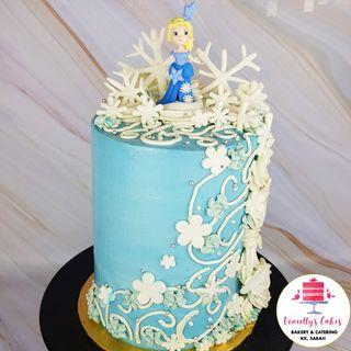Elsa themed tall cake!