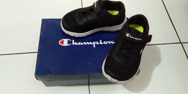 Sepatu Anak Merk Champion