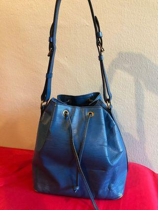 LV vintage petit noe / LV epi leather