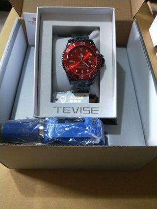 特威斯手錶