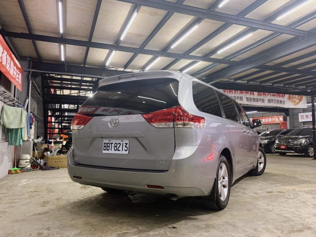 2014 Toyota Sienna 3.5 冰晶銀 非自售 代步車 實車實價
