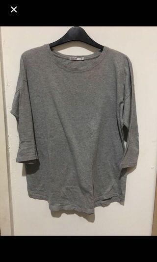 Grey Top / kaos abu