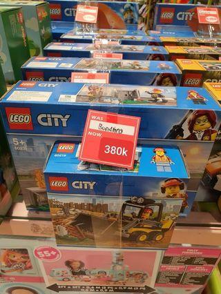 Lego City Fire Chef Bundling Sale