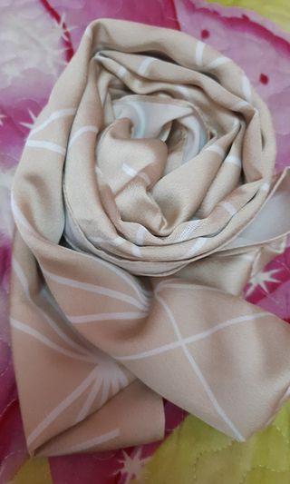 Satin printed shawl