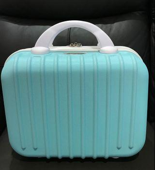 全新超美輕便手提行李箱化妝箱包(湖水藍)