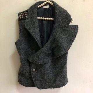二手韓版灰色鉚釘短版厚OL百搭背心 造型上衣