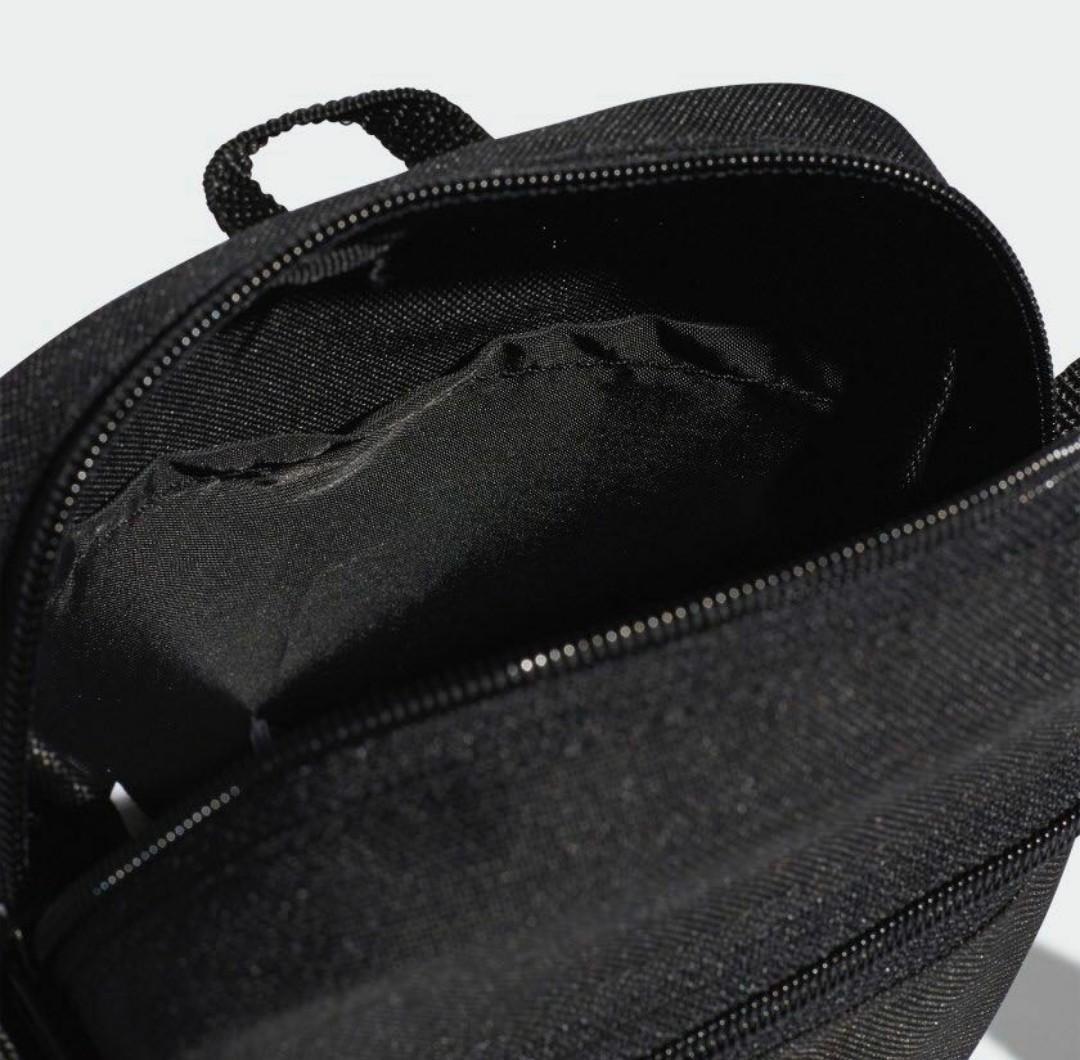 Adidas 斜孭袋 shoulder bag