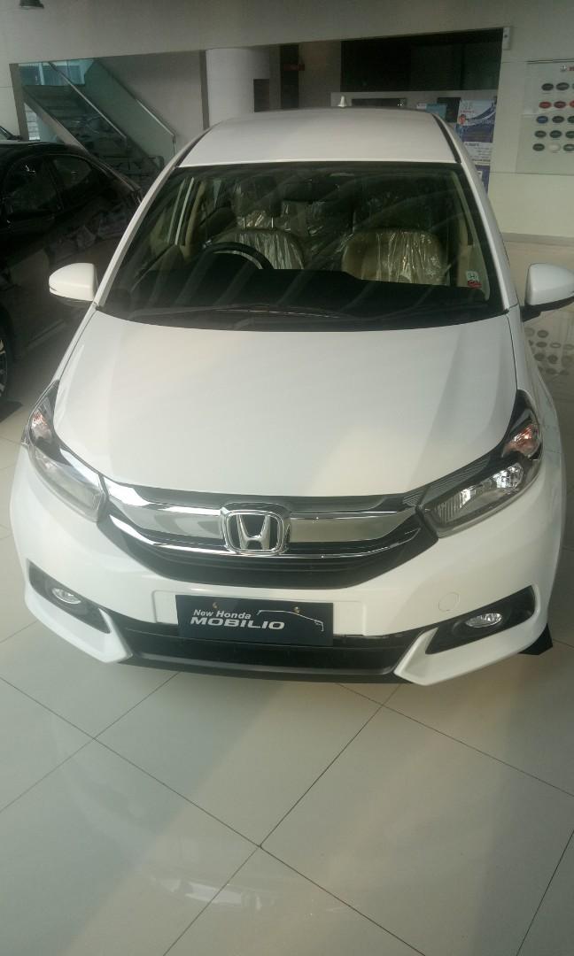 Honda New Mobilio E CVT. Promo Akhir Tahun, Pesta Hadiah