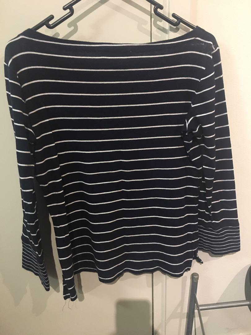 Jones New York signature navy striped long sleeve top (size small)