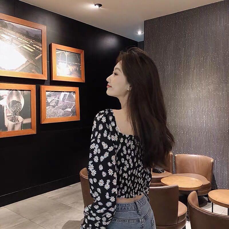Korean Ulzzang Daisy Floral Square Neck Top