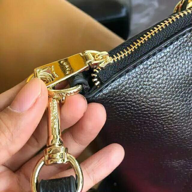 Tas Coach Big Leather Selempang Handbag Wanita