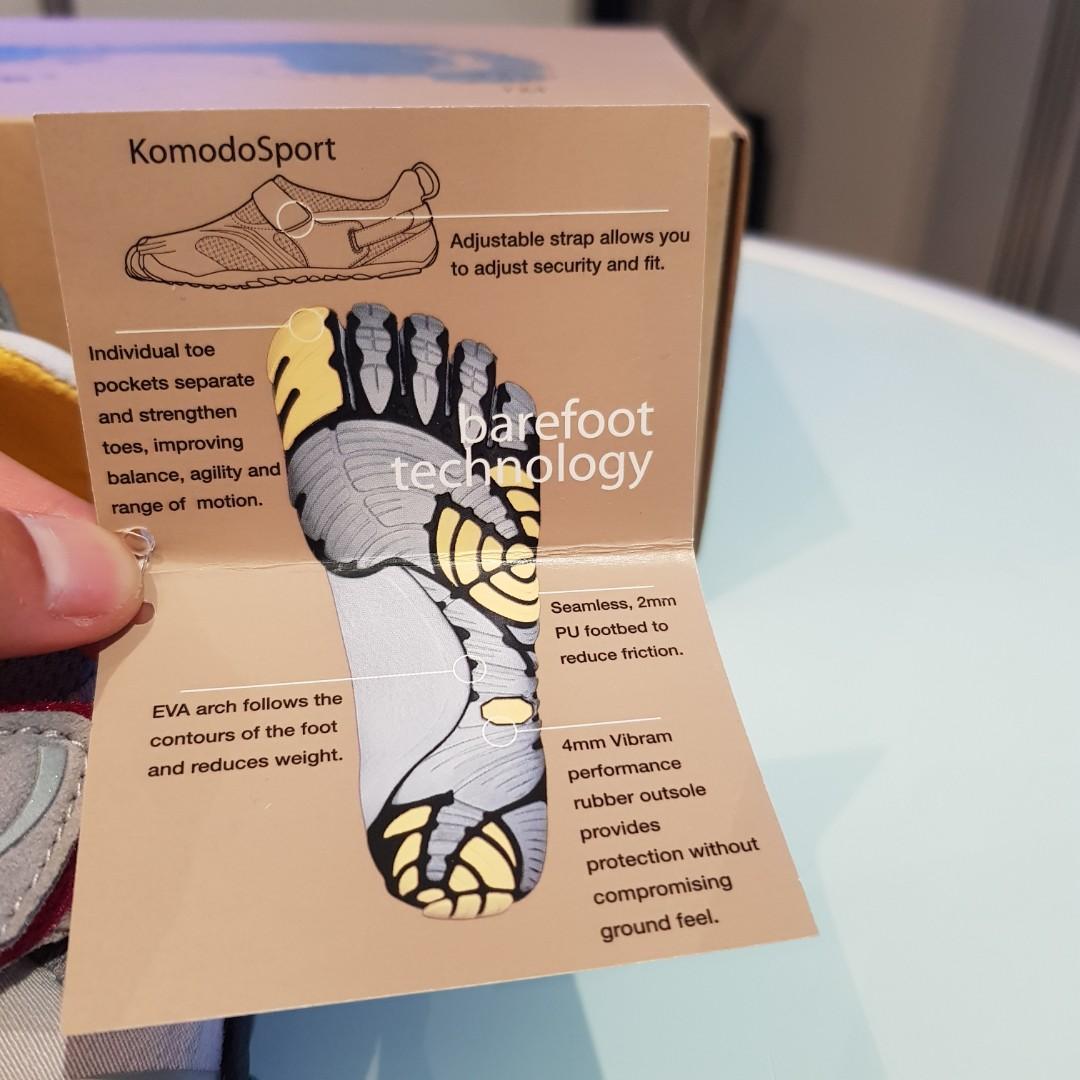 Vibram Komodo barefoot fivefinger shoes, size 37