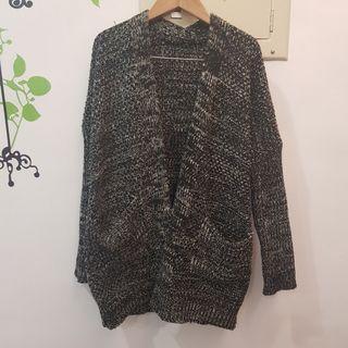 衣櫃出清~購自韓國 黑白混色針織罩衫外套