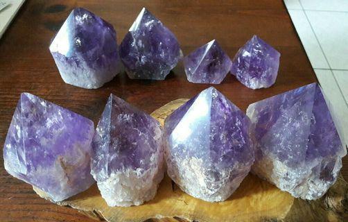 玻利維亞紫黃晶骨幹,紫水晶骨幹,玻利維亞紫晶柱8個3.1公斤,會給木頭底座