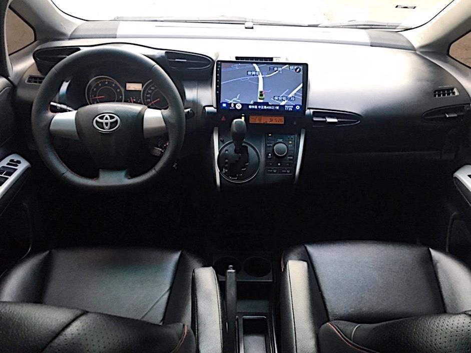 正2010年 最新款 Toyota Wish 2.0 特仕版卡夢皮椅