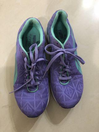 9.5成新 超新)PUMA運動鞋