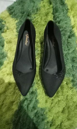 Sepatu jelly super nyaman dan elegan size 38