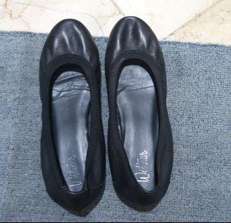 Flat shoes sz 36/37