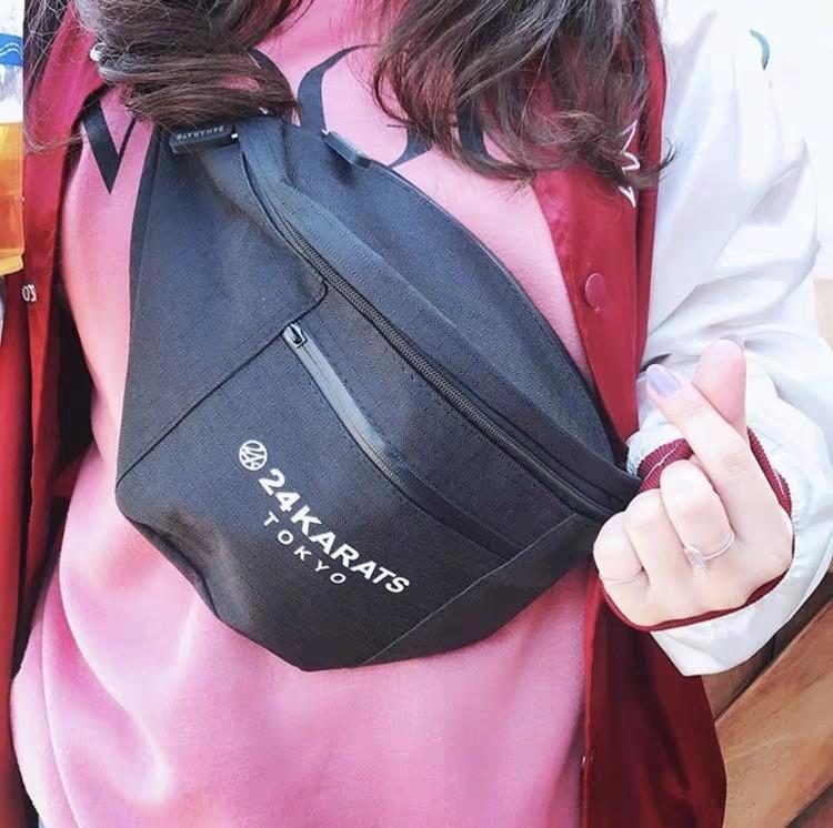 24 KARATS 日本附錄包 極簡風 百搭大容量男女通用腰包 胸包 斜挎袋