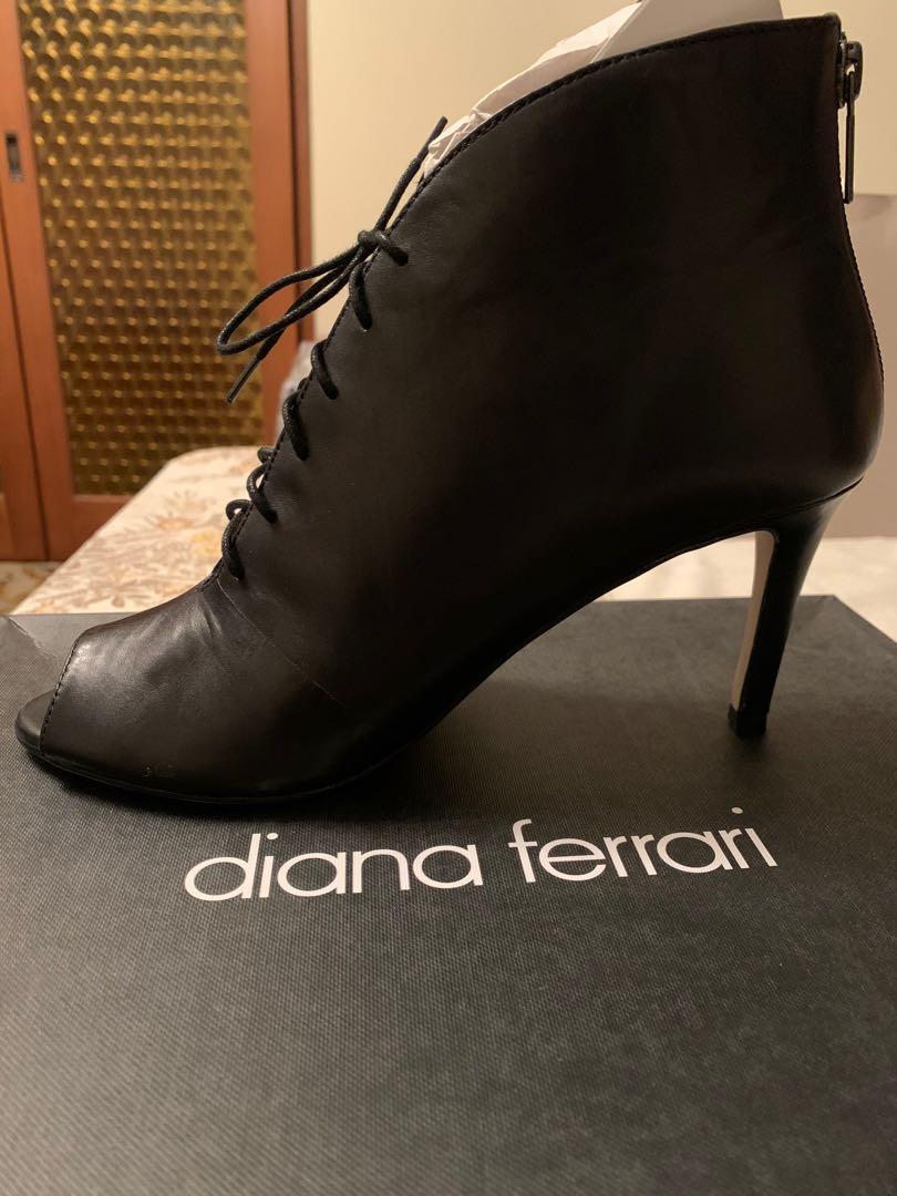 black Diana Ferrari boots