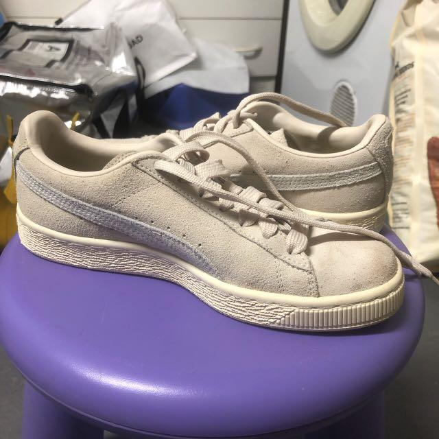 Cream and white puma sneakers size 37/UK 4 worn once