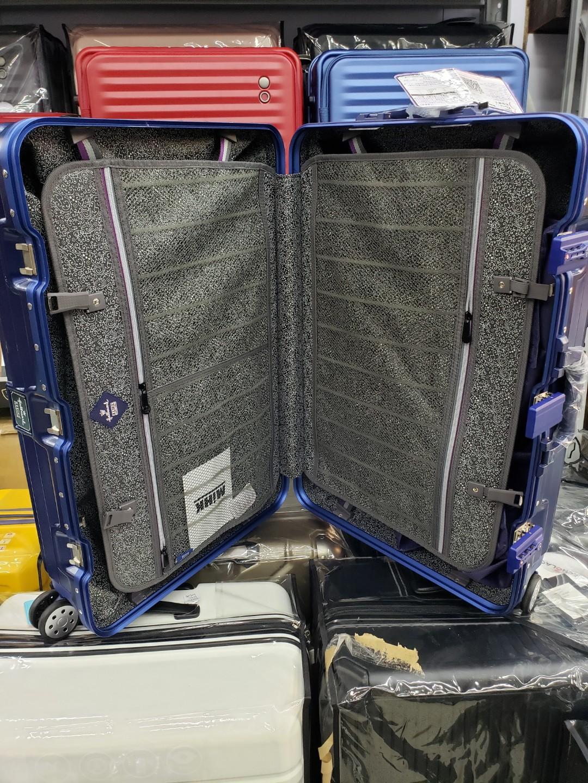 Hallmark 鋁框行李箱