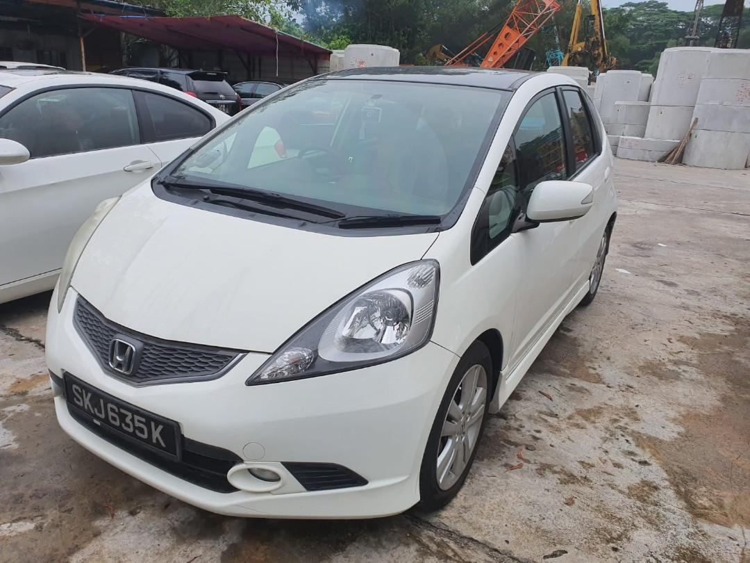 Honda Jazz *1.5A* With panoramic roof Selling at RM7,500 siap