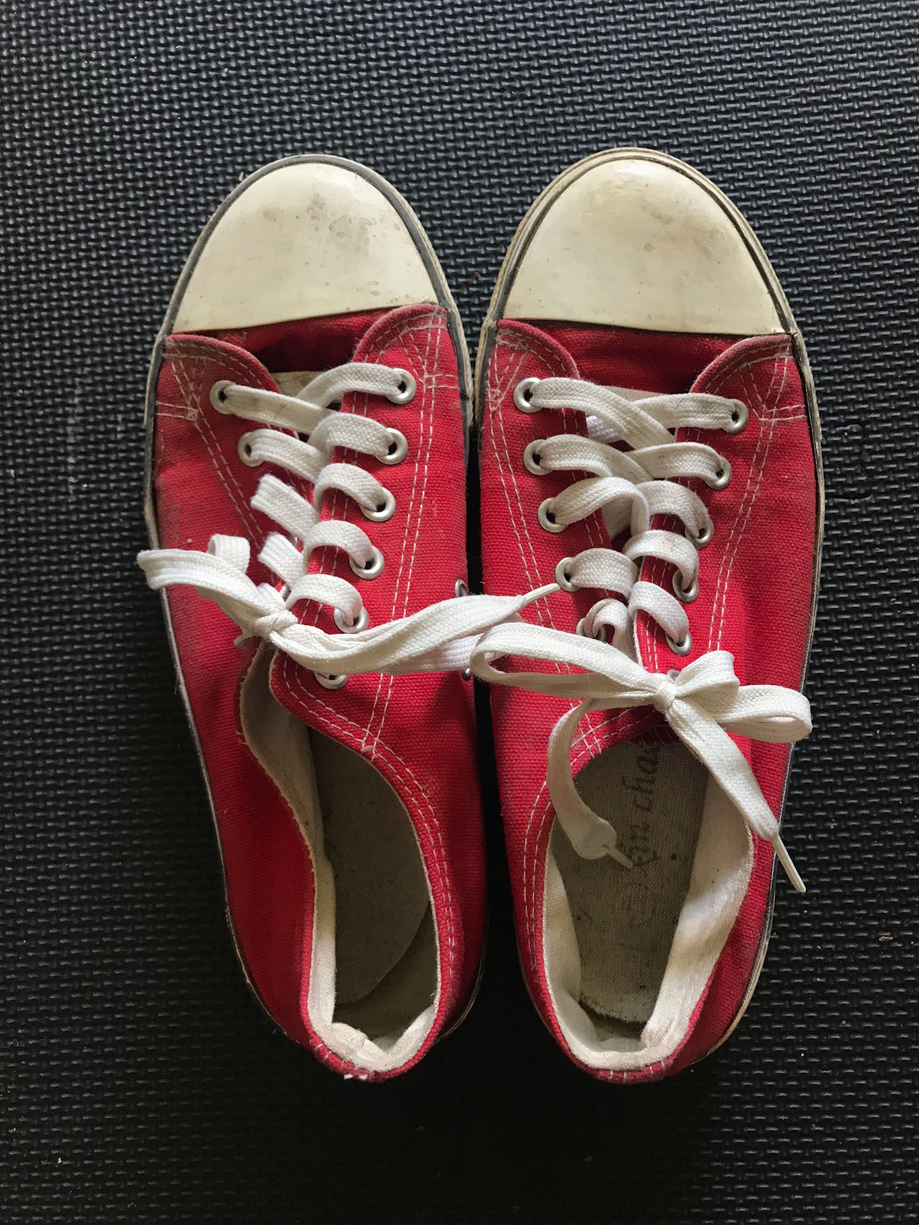 Kasut Merah