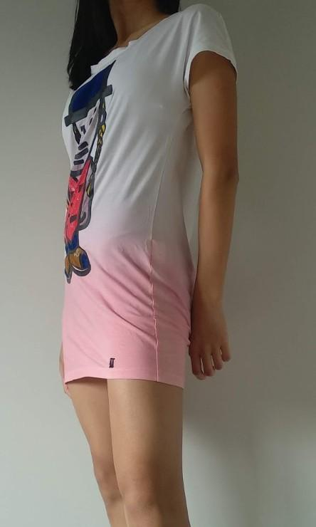 Pink-white gradient shirt with design