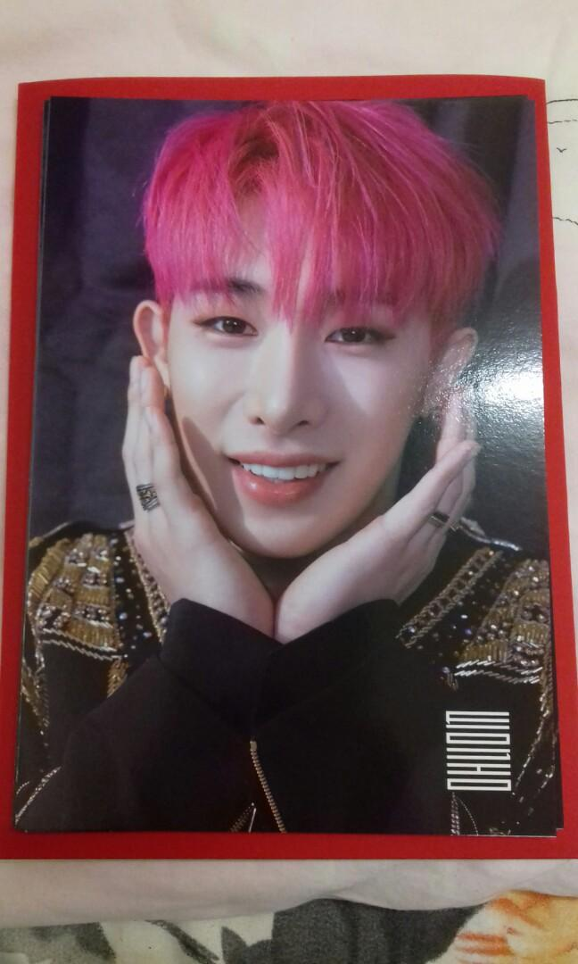 [READY STOCK] MONSTA X WONHO MONSTA X WORLD TOUR WE ARE HERE IN SEOUL PHOTO