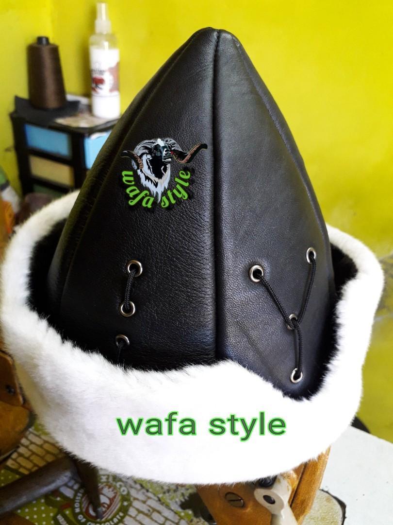 Topi kulit peci ottoman hitam putih