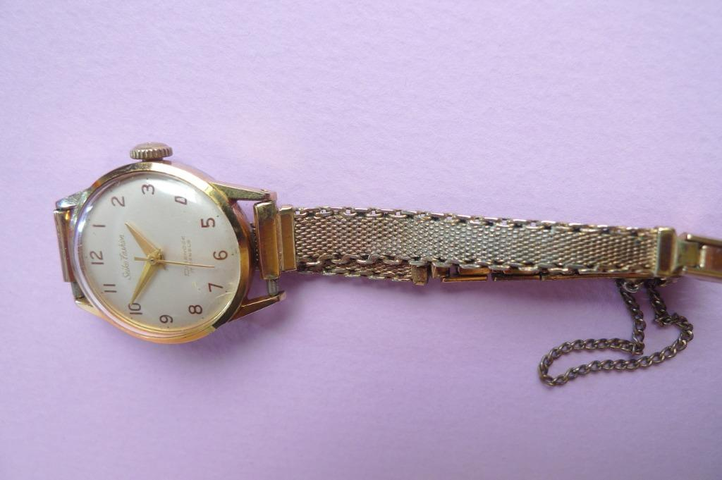 Vintage Ladies' Seiko Hand-Winding Watch....1950's
