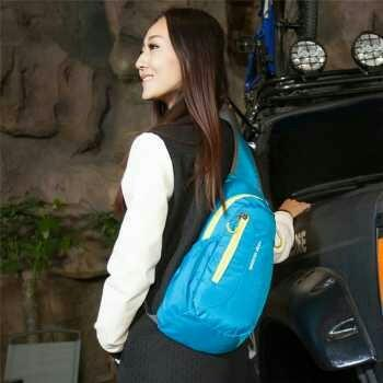 Weikani Tas Selempang Sport Waterproof Keep Walking