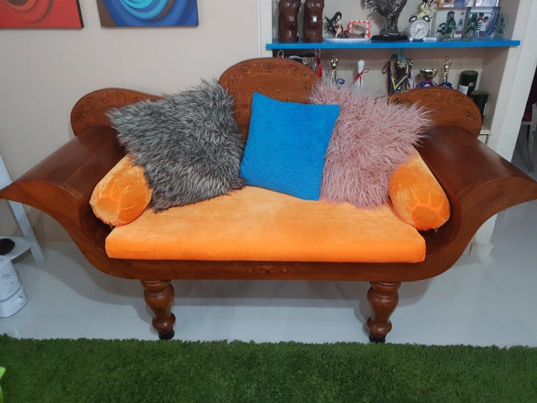 Wood sofa set