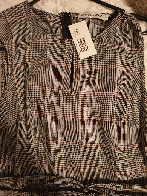 Workwear pinstripe dress with inbuilt belt SIZE 10