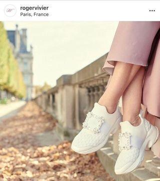 新款Roger Vivier -Vivi Run水讚款內增高運動鞋~降價割愛~