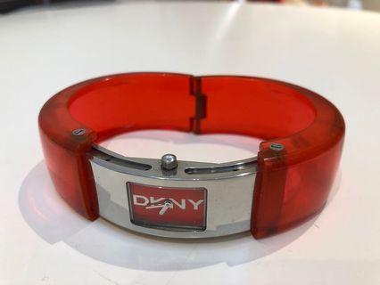 DKNY red watch 手錶