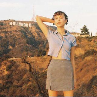 Brandy Melville 藍灰色排扣立領短袖上衣