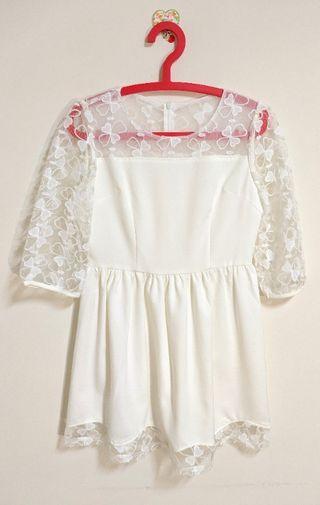 全新 轉賣 YOCO 甜美透膚女人味洋裝 透膚 幸運草 透紗 拼接 七分袖洋裝 婚禮洋裝  氣質甜美風 米白