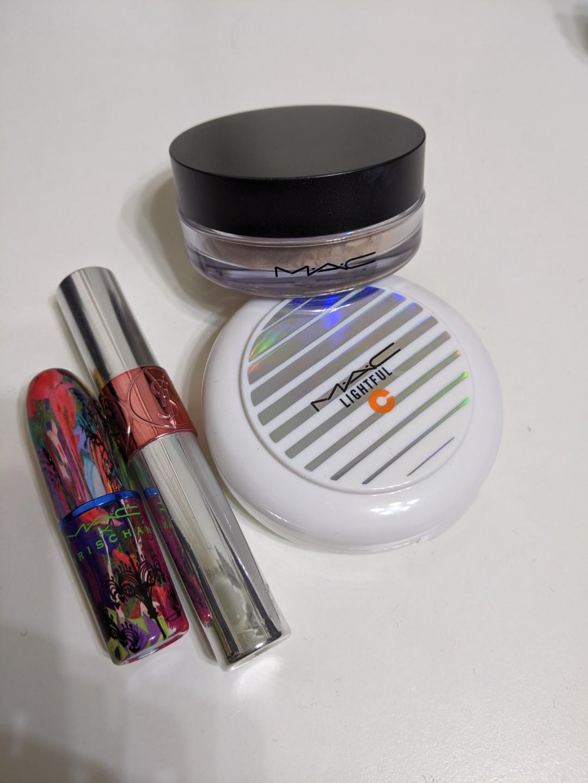 [消費贈]專櫃彩妝品