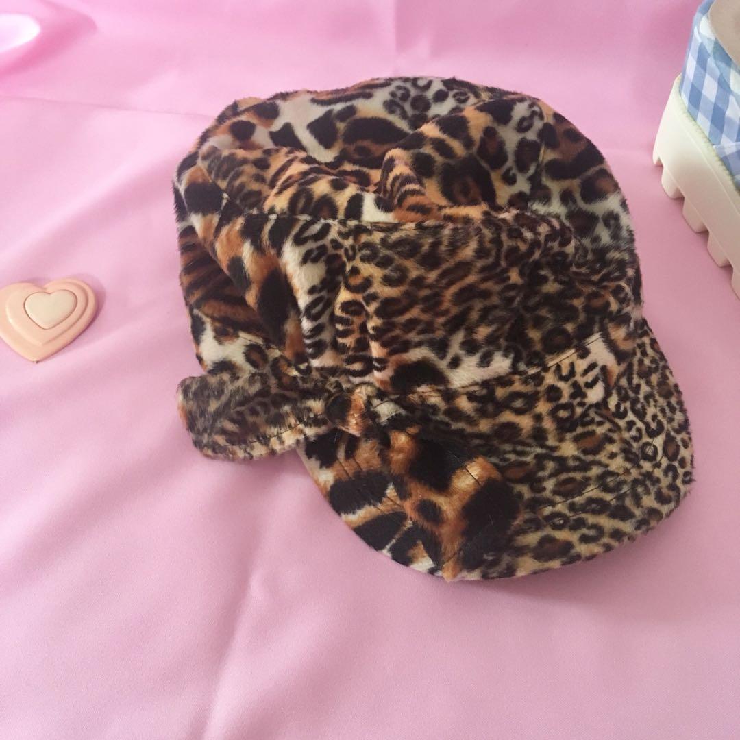 90s leopard bring velvet feel bakers hat beret one size