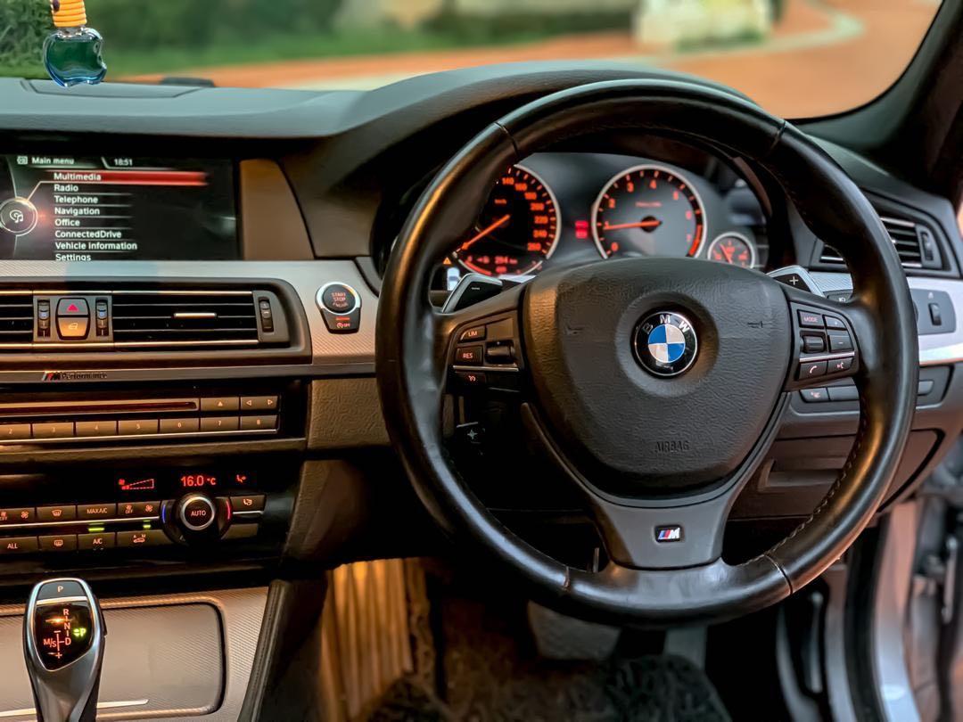 BMW F10 M-SPORT 528i 2.0 TWIN POWER TURBO LOCAL SPEC SEWABELI BERDEPOSIT