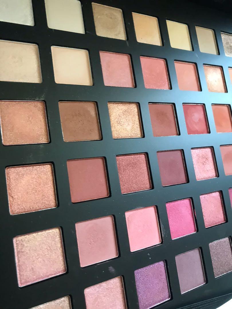 CHICHI  aphrodite palette