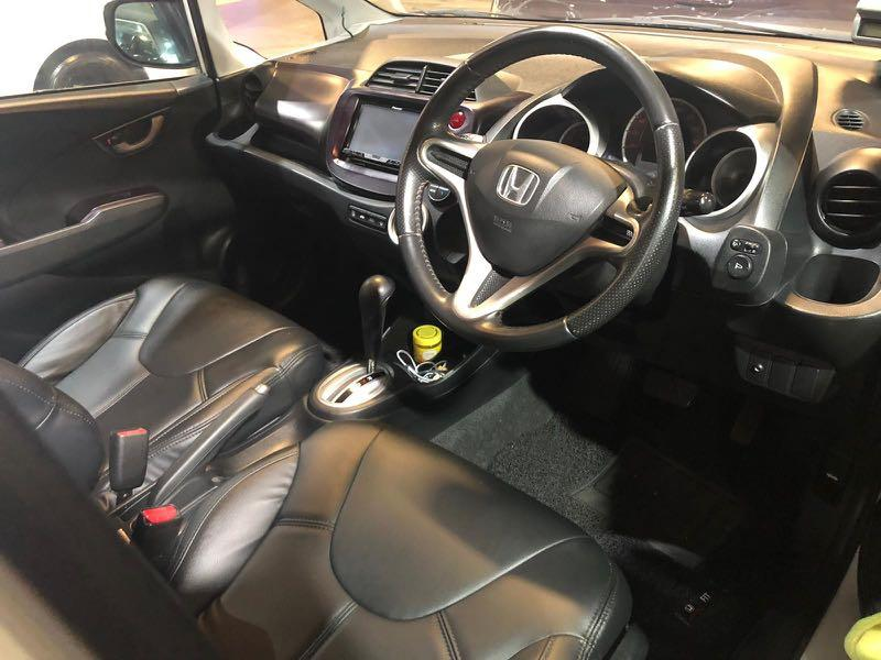 Honda Fit 1.5 RS Skyroof  Auto