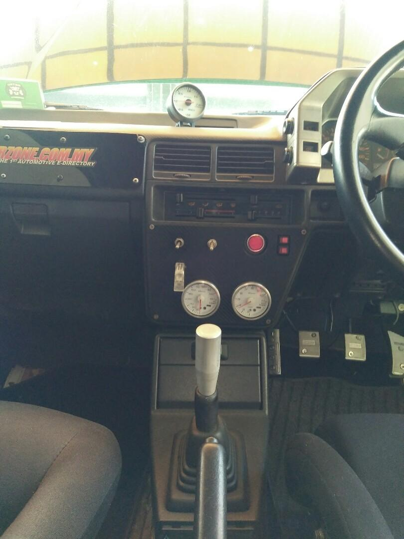 Mazda familia bf 1985 (hatchback)