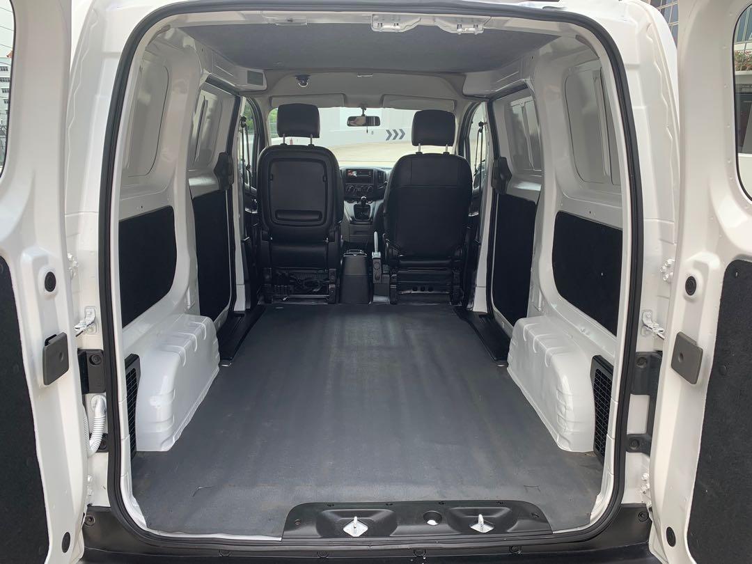 Nissan NV200 1.5M(New 5Yr COE)